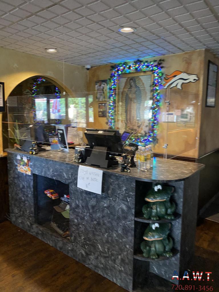 Restaurant Checkout Desk